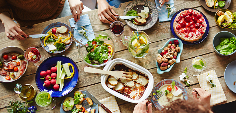 5 Habits of People Who Have a Healthy Relationship with Food